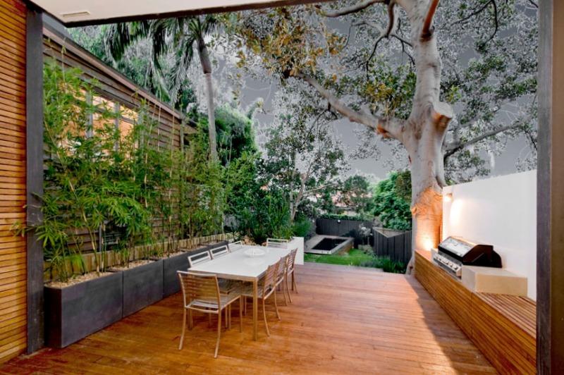 Clovelly Garden